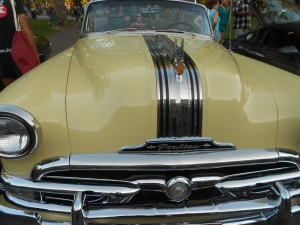 1953 pontiac chieftain deluxe grille