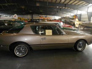 1981 avanti II car