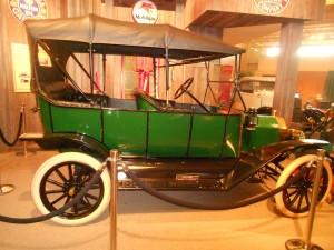 1913 Ford Model T Toruing Car