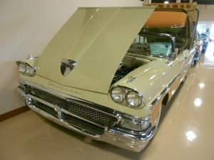 Ford Fairlane Skyliner Convertible
