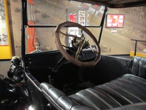 Ford Model T simple dashboard