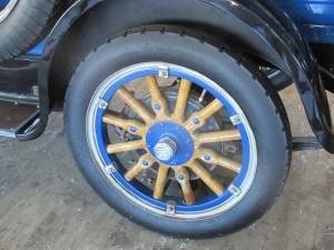 1924 Dodge wood spoke wheel