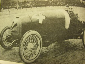 early 1900's race car