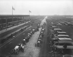 Vanderbilt Cup Race start, Long Island 1910