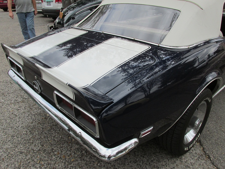 The 396 Cubic Inch V-8 1968 Camaro SS / Photos and Specs