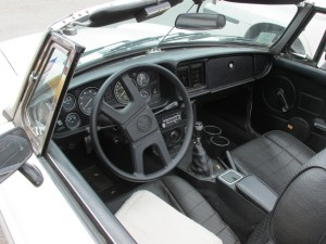 MGB interior and dashboard