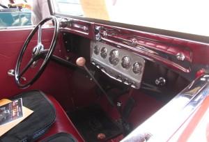 1931 auburn dashboard