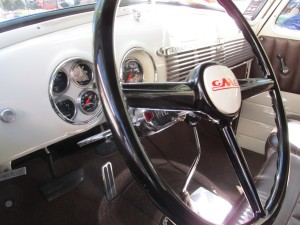 1949 gmc suburban interior and dashboard