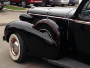 cadillac limousine 1930's