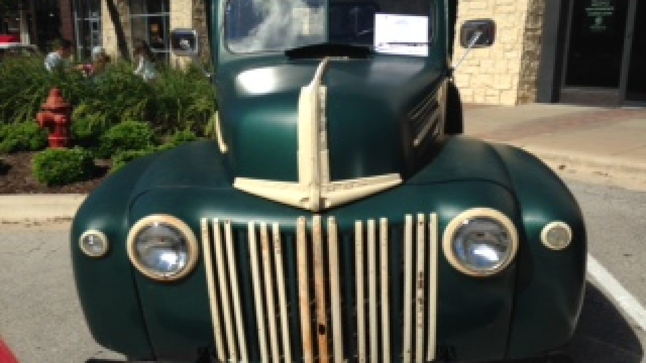 1946 Ford Half Ton Pickup Photos And Specs Auto Museum Online